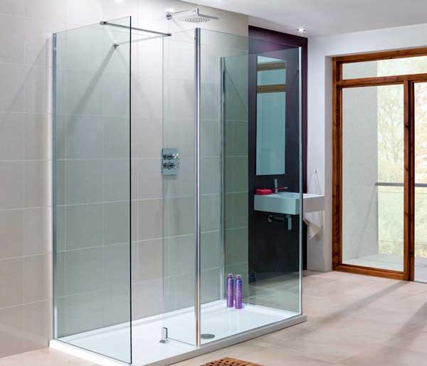 Shop Lakes Full Range of Showers