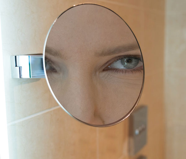 HIB Pure Magnifying Mirror