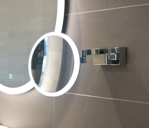 HIB Cirque Magnifying Mirror 200mm